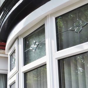 Как выбрать окна: современные конструкции и советы по выбору окон для частного дома и квартиры