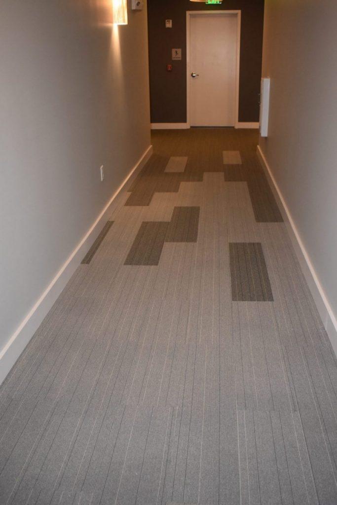 азиатские картинки ламината с плиткой в коридоре фото жестокое весьма