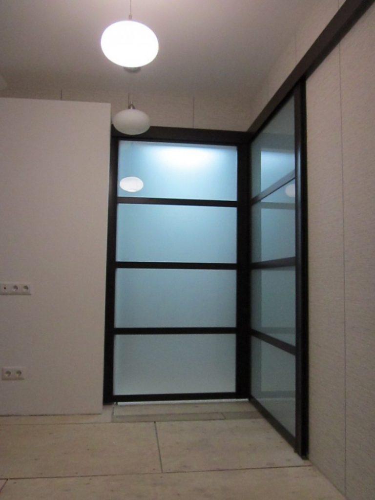угловые двери в комнату фото
